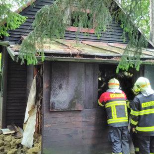 Požár chaty v Hradištku - 18. 9. 2017